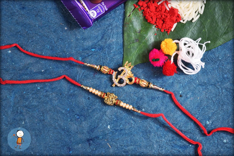 2 set rakhi TRS33 1