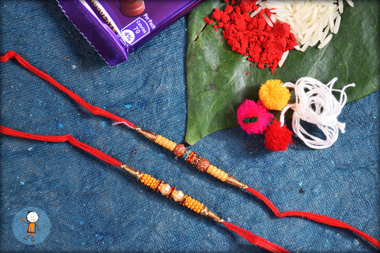 2 set rakhi TRS35 1