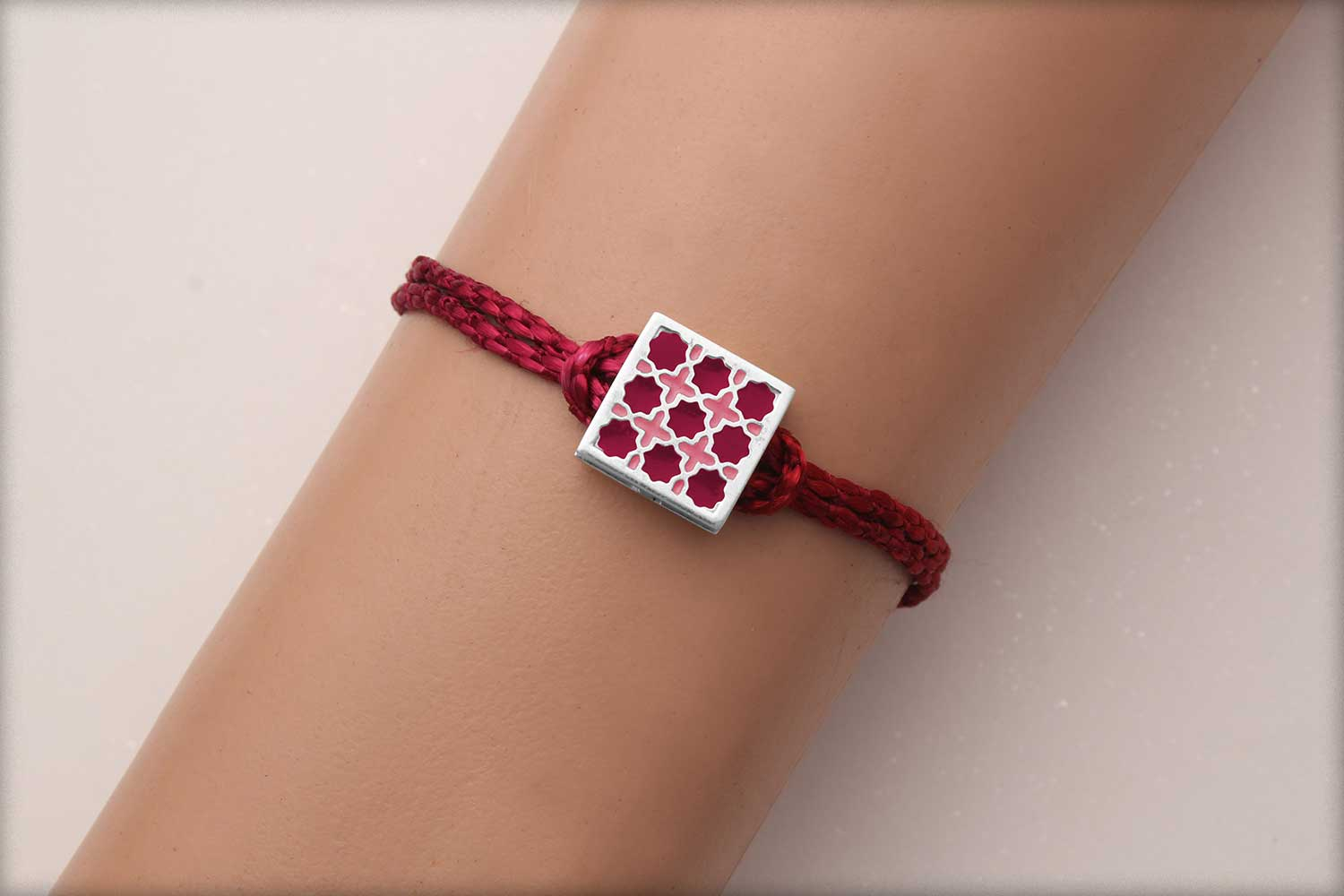 Miraas Square Multiwear Sterling Silver Rakhi - Red and Melon